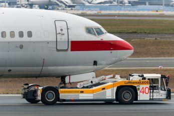 D-APBD - PrivatAir Boeing 737-800
