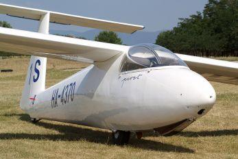 HA-4370 - Malév Aero Club PZL SZD-30 Pirat