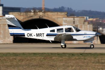 OK-MRT - Private Piper PA-28R Arrow /  RT Turbo Arrow