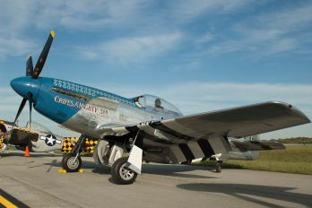 NL921 - Private North American P-51D Mustang