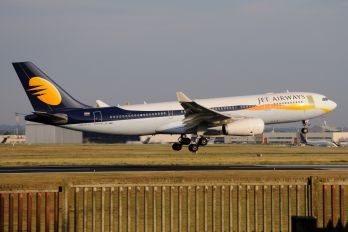 VT-JWD - Jet Airways Airbus A330-200