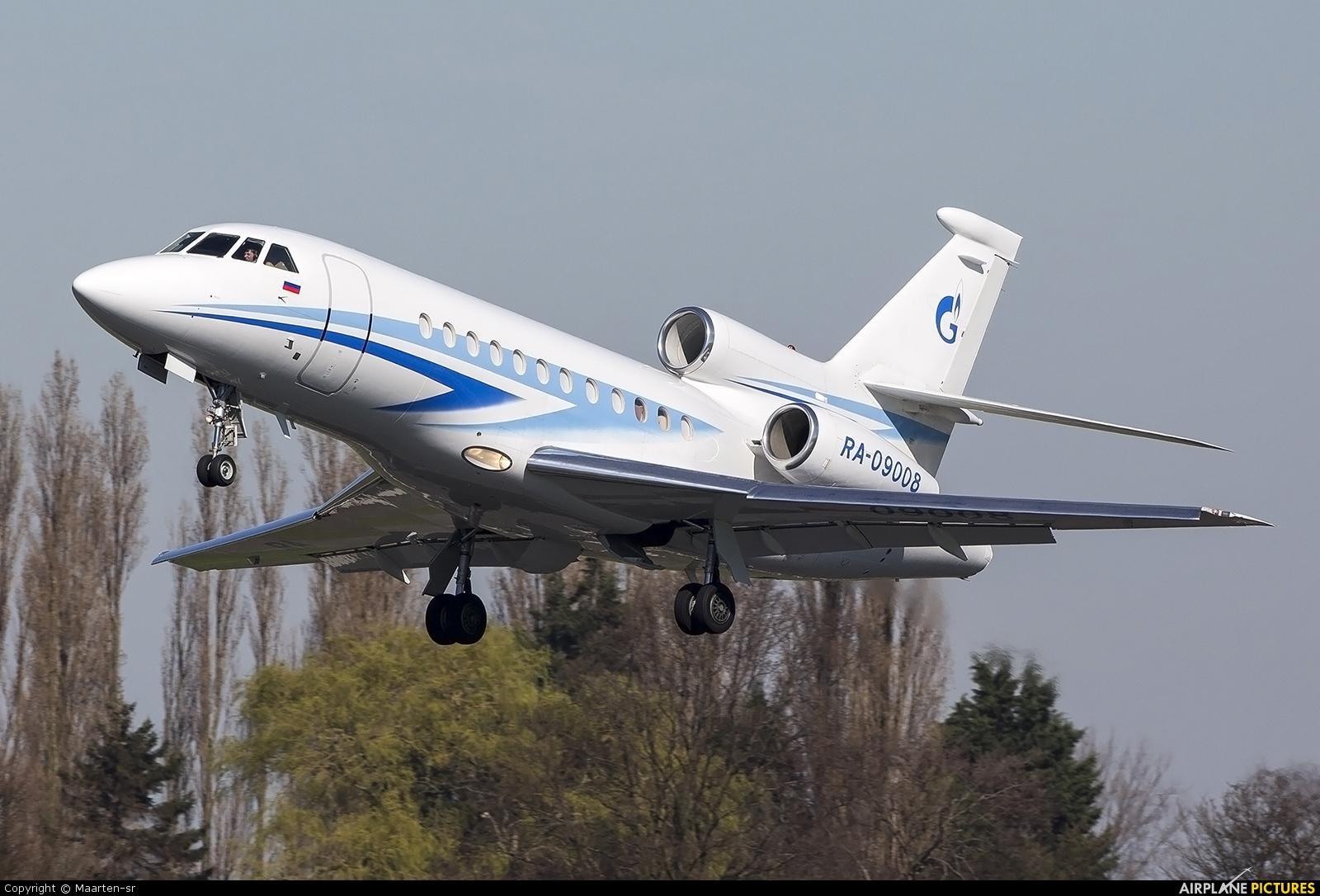 Gazpromavia RA-09008 aircraft at Rotterdam