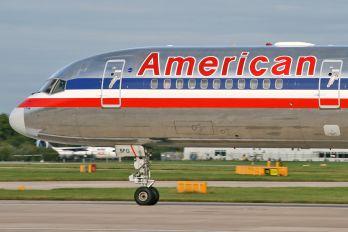 N197AN - American Airlines Boeing 757-200
