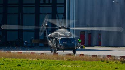 82-23757 - USA - Air Force Sikorsky UH-60A Black Hawk