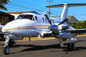 TI/TCT - Private Beechcraft 200 King Air