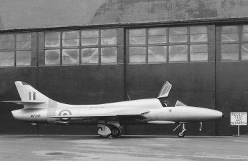 WV318 - Royal Air Force Hawker Hunter T.7