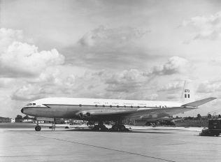 XK670 - Royal Air Force de Havilland DH.106 Comet C.2