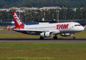 PR-MBY - TAM Airbus A320 aircraft