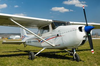 OM-LSK - Private Cessna 172 Skyhawk (all models except RG)