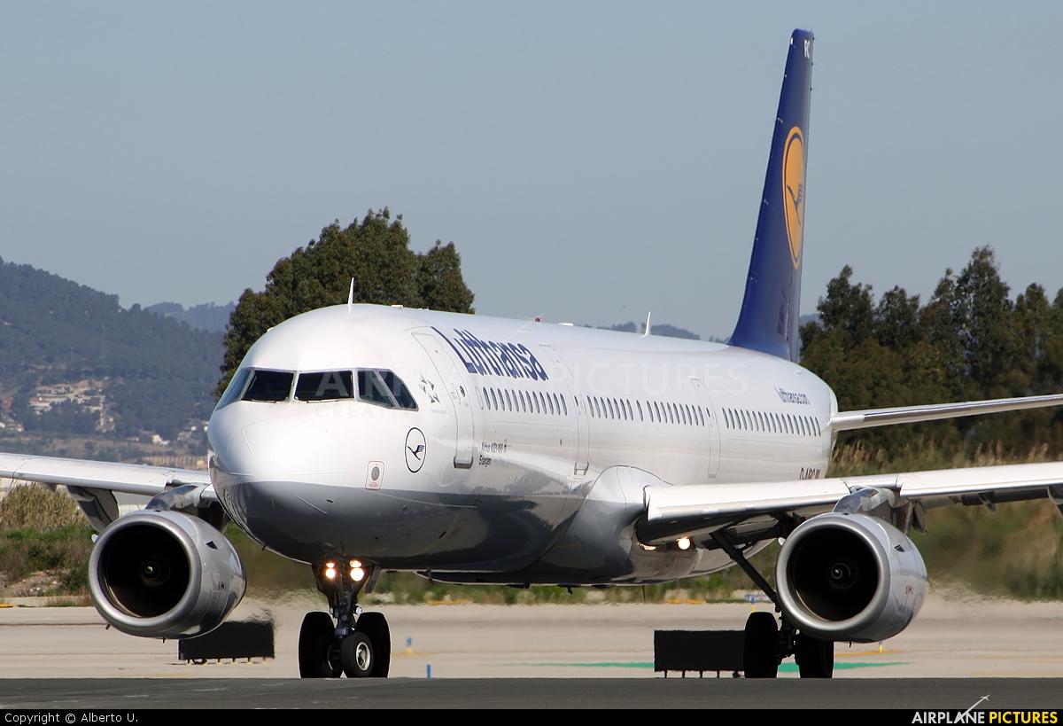 Lufthansa D-AIRC aircraft at Barcelona - El Prat
