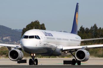 D-AIRC - Lufthansa Airbus A321