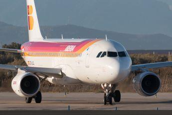 EC-LUL - Iberia Airbus A320
