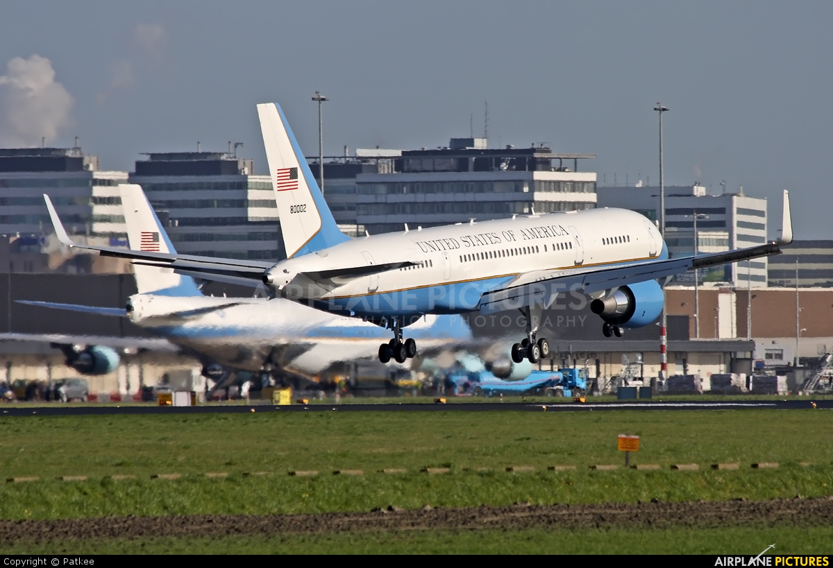 USA - Air Force 98-0002 aircraft at Amsterdam - Schiphol
