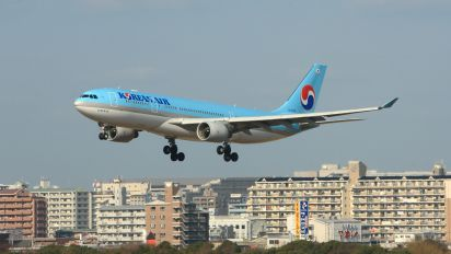 HL8228 - Korean Air Airbus A330-200