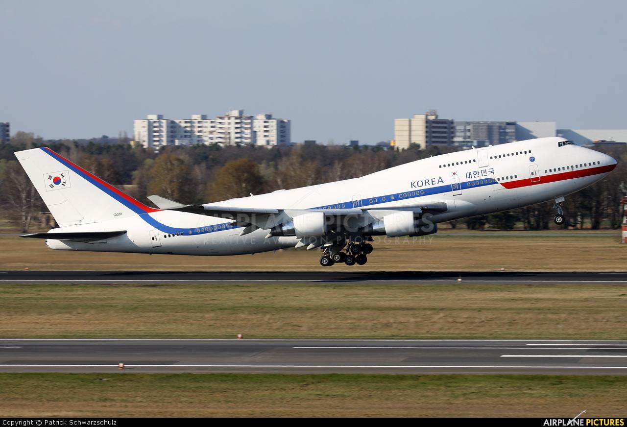 Korea (South) - Air Force 10001 aircraft at Berlin - Tegel