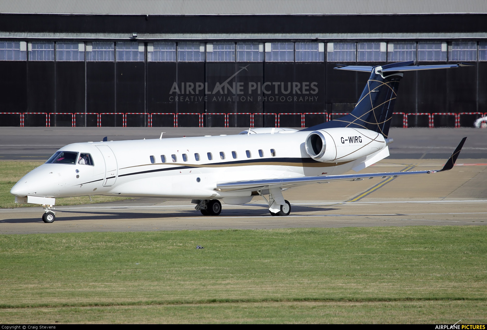 Air Charter Scotland G-WIRG aircraft at Farnborough
