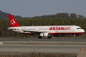 TC-ATH - Atlasjet Airbus A321