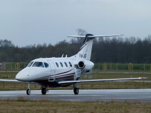 PH-JCI - Solid Air Hawker Beechcraft 390 Premier