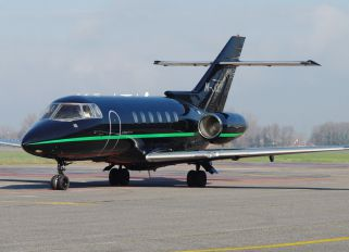 M-JOLY - Private Raytheon Hawker 850XP