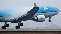 PH-AOH - KLM Airbus A330-200 aircraft