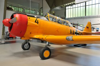 AA-615 - Germany - Air Force CCF Harvard IV
