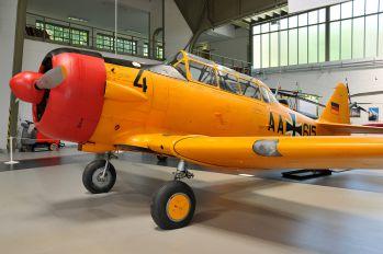 AA-615 - Germany - Air Force CCF Harvard IV