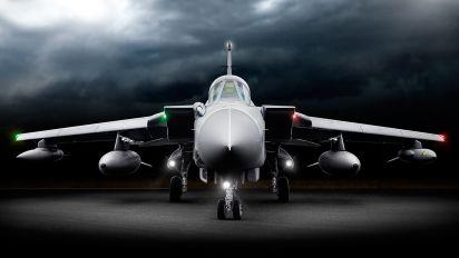 ZA589/057 - Royal Air Force Panavia Tornado GR.4 / 4A