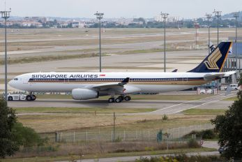 9V-STW - Singapore Airlines Airbus A330-300