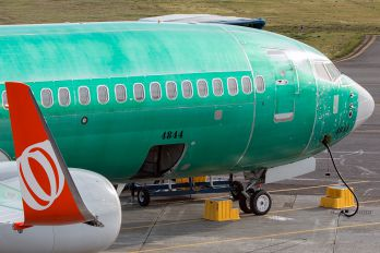 PR-GXT - GOL Transportes Aéreos  Boeing 737-800