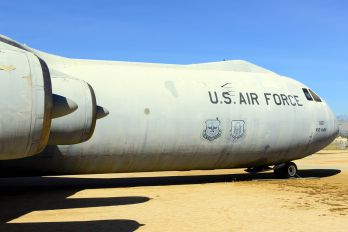 65-0257 - USA - Air Force Lockheed C-141 Starlifter