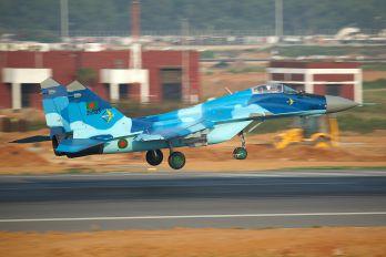 36503 - Bangladesh - Air Force Mikoyan-Gurevich MiG-29B