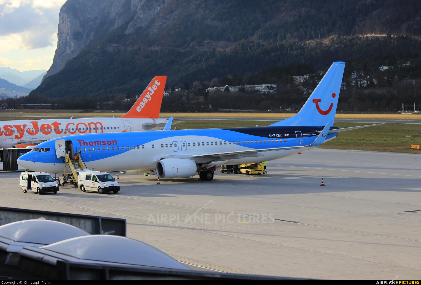 Thomson/Thomsonfly G-TAWC aircraft at Innsbruck