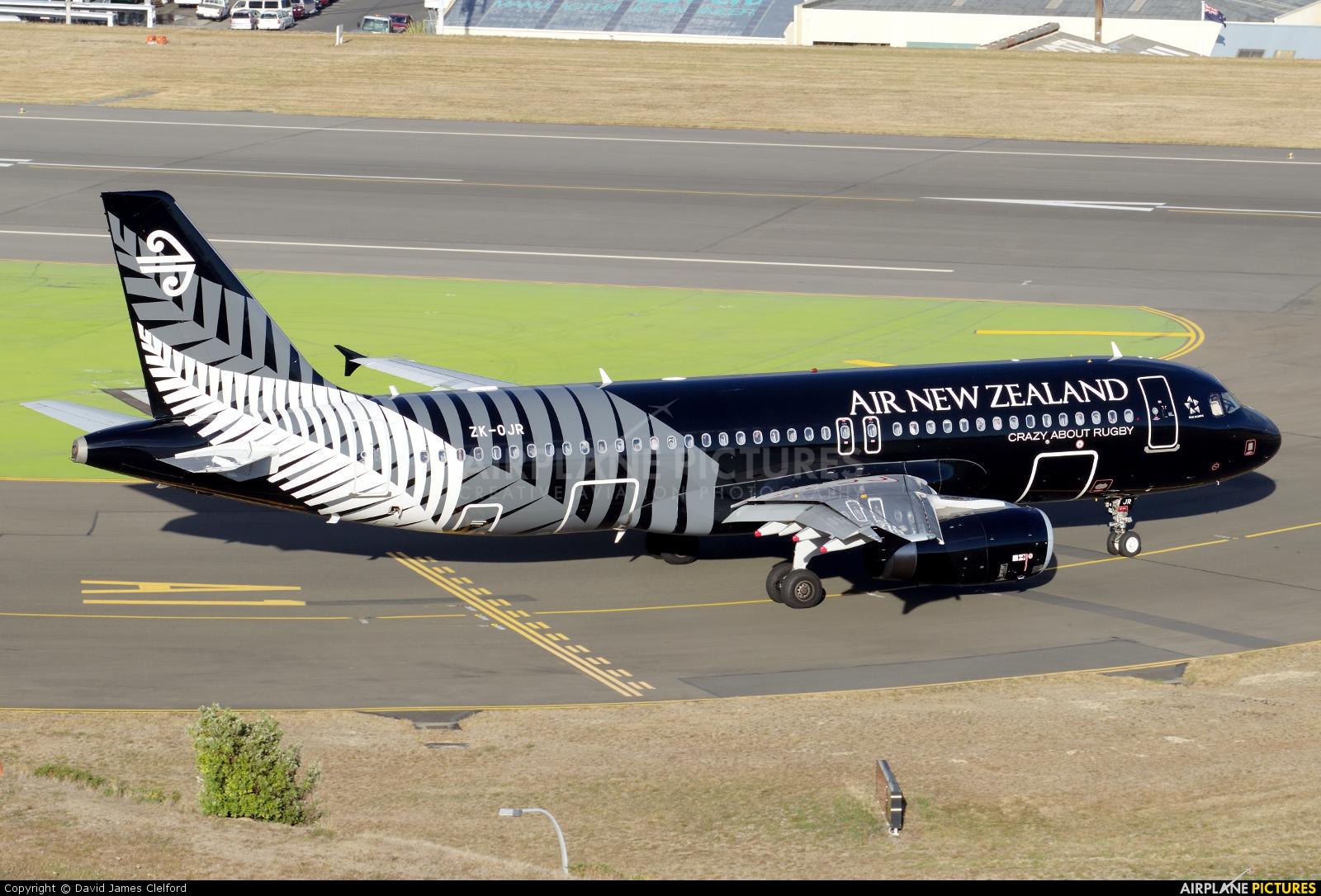 Air New Zealand ZK-OJR aircraft at Wellington Intl