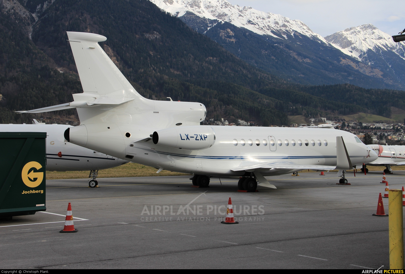 Private LX-ZXP aircraft at Innsbruck
