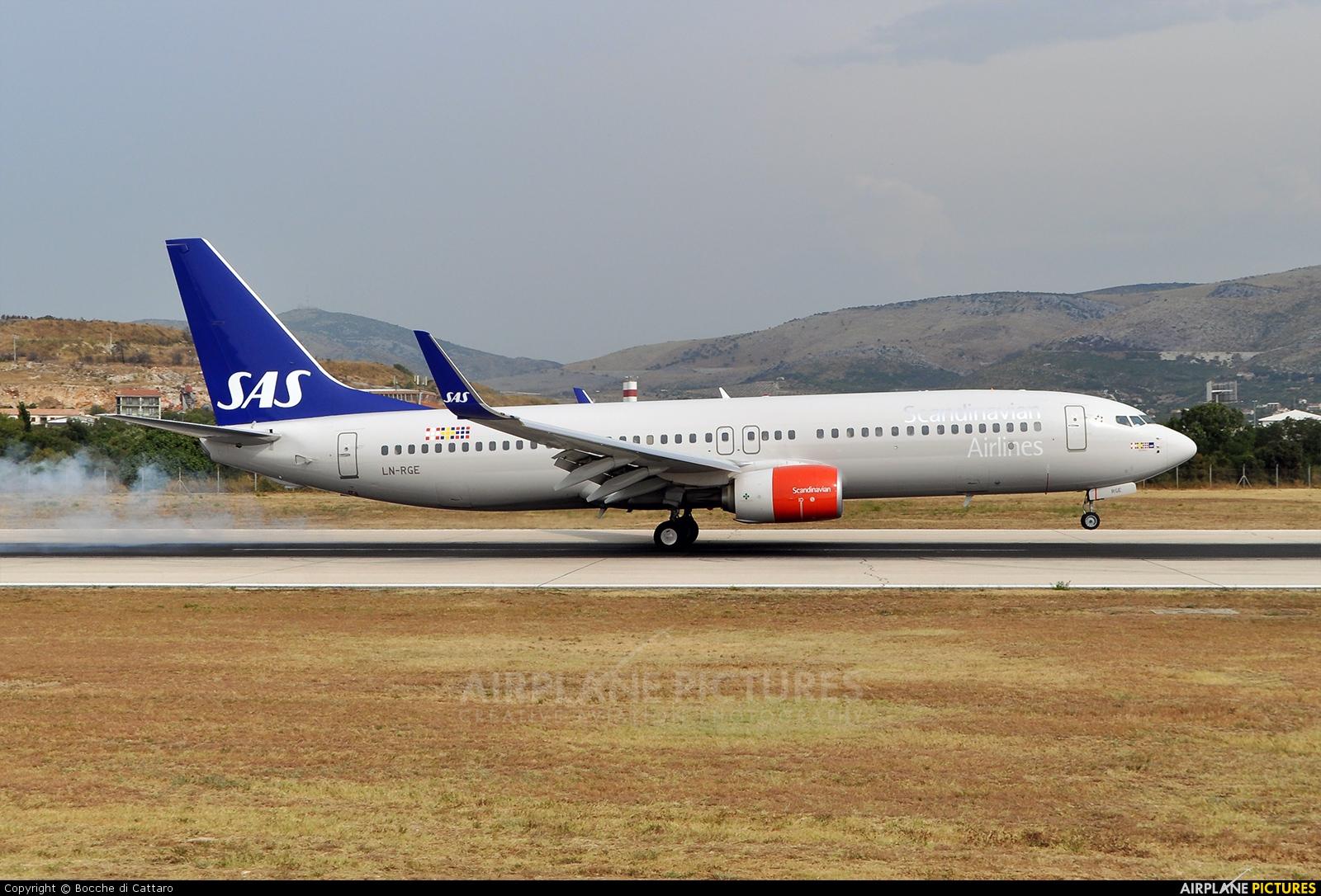 SAS - Scandinavian Airlines LN-RGE aircraft at Split - Kaštela