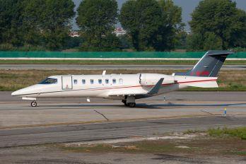 I-GURU - Sirio Learjet 40