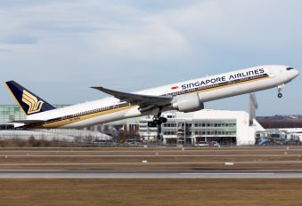 9V-SWN - Singapore Airlines Boeing 777-300ER