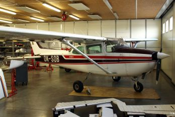 OK-SOB - Private Cessna 172 Skyhawk (all models except RG)