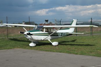 OK-CES - Private Cessna 172 Skyhawk (all models except RG)