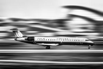 N792SK - United Express Canadair CL-600 CRJ-700