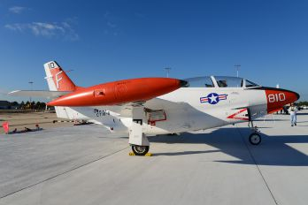 156702 - USA - Navy North American T-2C Buckeye
