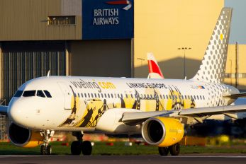 EC-LVP - Vueling Airlines Airbus A320