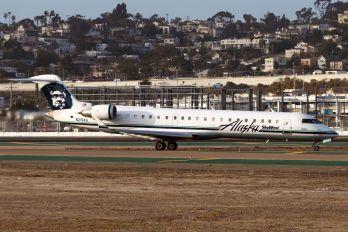 N219AG - Alaska Airlines - Skywest Canadair CL-600 CRJ-700