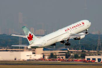 C-GHLT - Air Canada Boeing 767-300