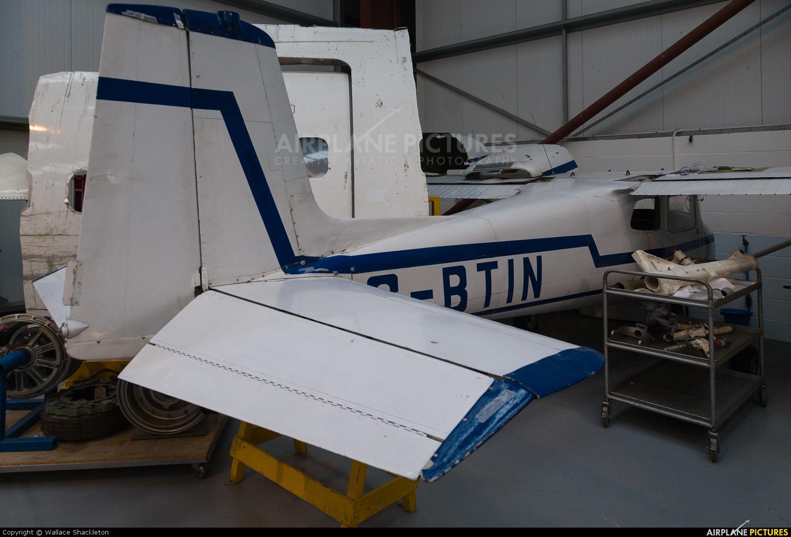 Air Service Training G-BTIN aircraft at Perth - Scone
