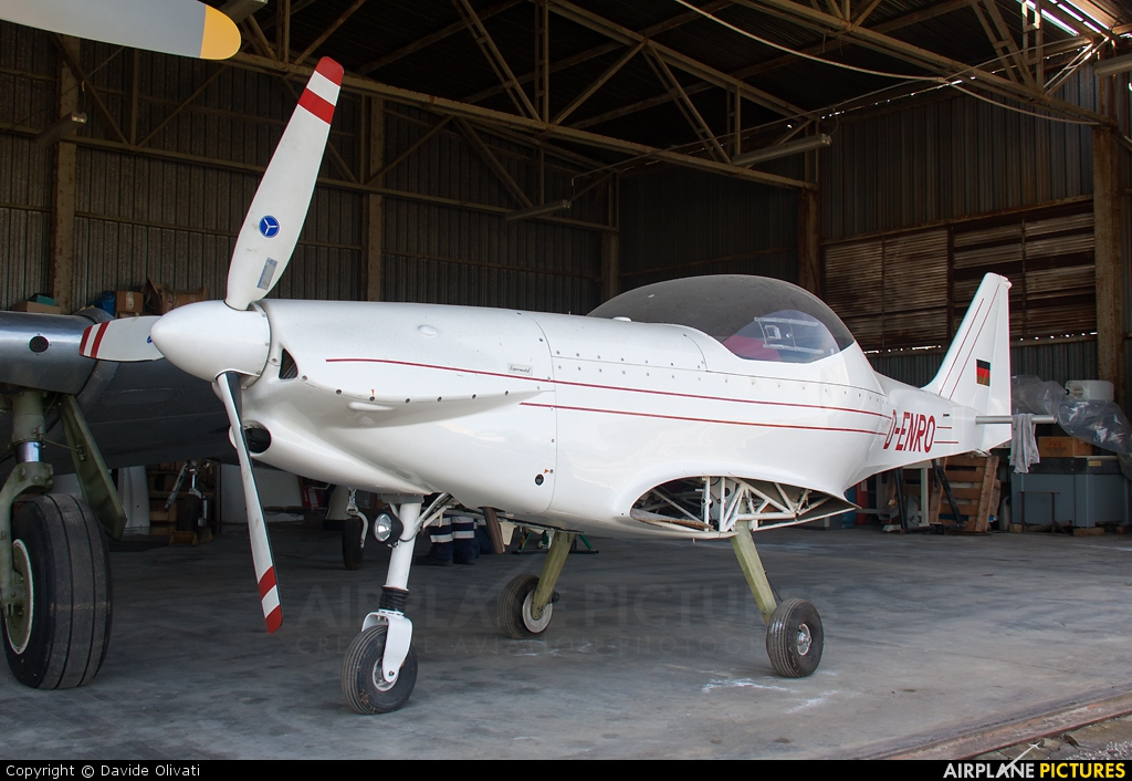 Private D-ENRO aircraft at Verona - Boscomantico