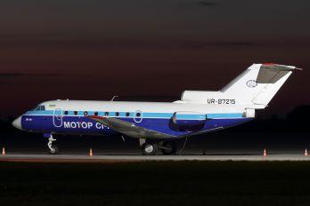 UR-87215 - Motor Sich Yakovlev Yak-40