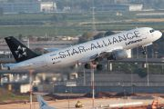 Lufthansa's D-AIPC now in Star Alliance colours title=