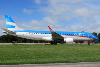 LV-CIH - Austral Lineas Aereas Embraer ERJ-190 (190-100)