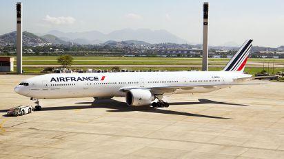 F-GZNJ - Air France Boeing 777-300ER